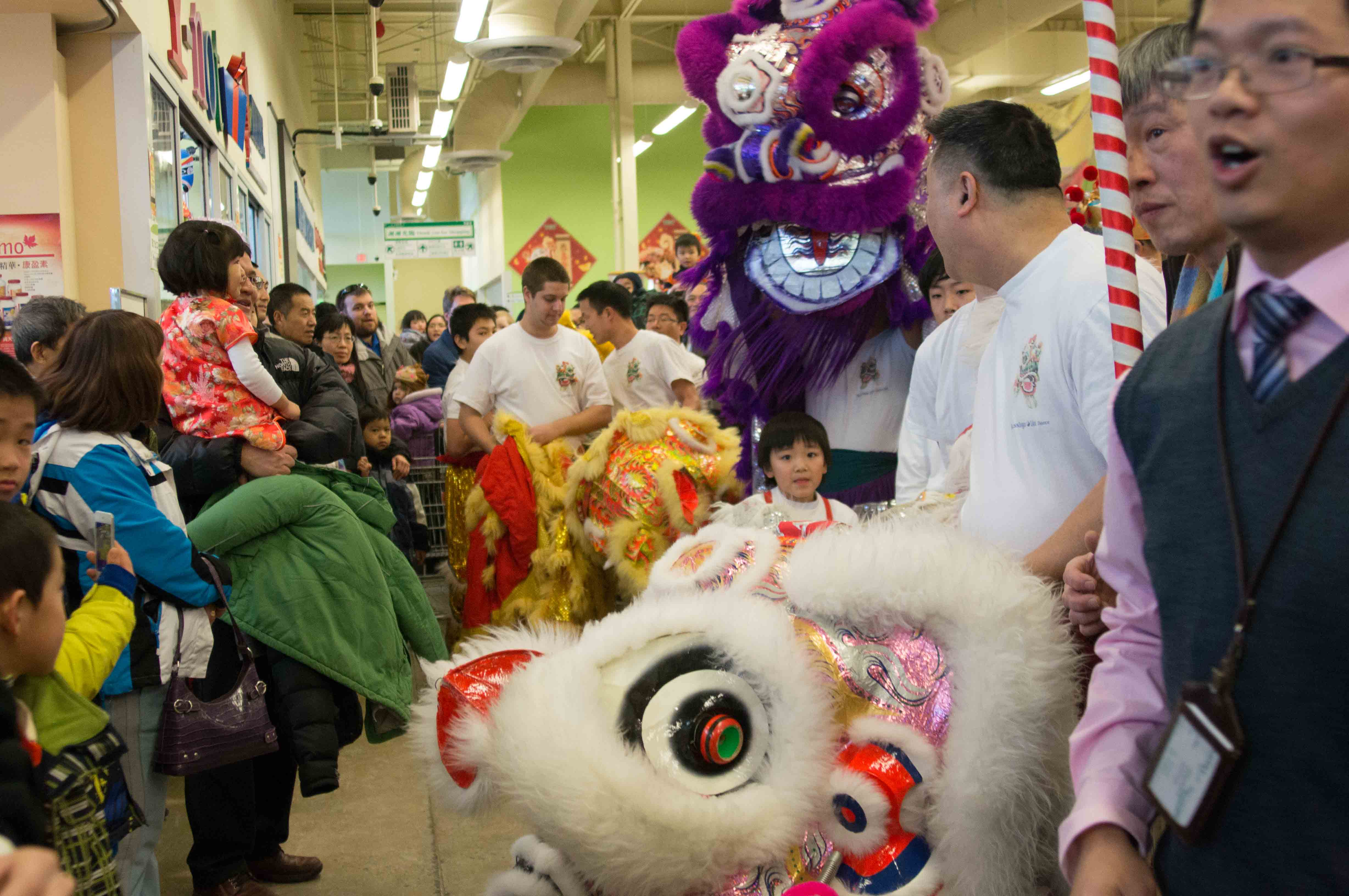 Lion Dance T&T Supermarket Feb 2013-1