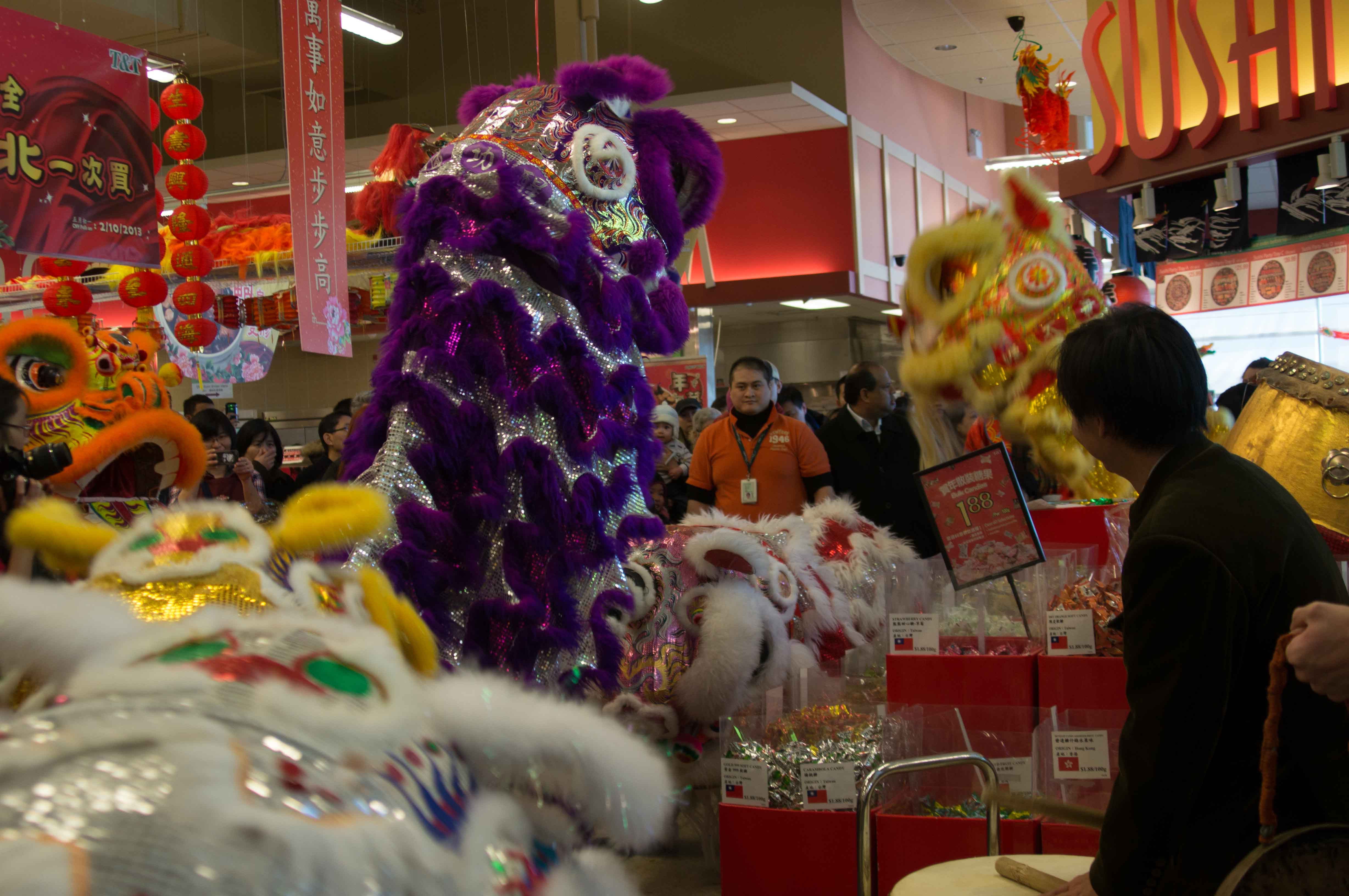 Lion Dance T&T Supermarket Feb 2013-11